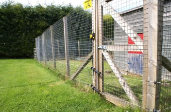 choosing-right-fencing-supplies